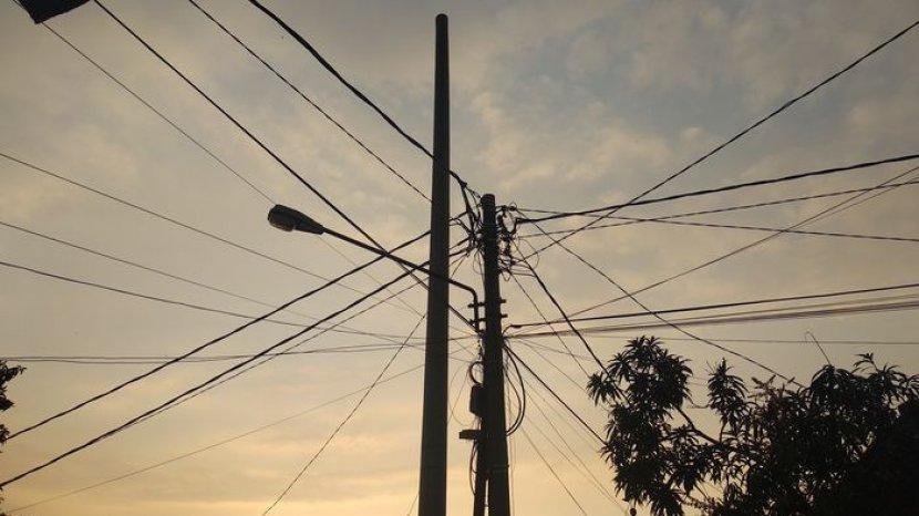 jaringan-listrik-pemadaman-listrik-terjadi-di-beberapa-wilayah-di-kabupaten-majalengka.jpg