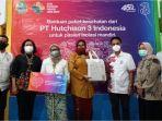 1-3-indonesia-salurkan-bantuan-15000-paket-kesehatan-untuk-bantu-pasien-isolasi-mandiri.jpg