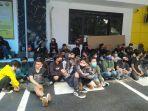 200-orang-ditangkap-di-kota-bandung-mahasiswa-pelajar-hingga-murid-sd-ikut-demo-dari-medsos.jpg
