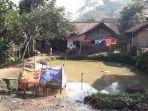 35-persen-warga-kampung-cikawung-baleendah-masih-bab-di-kolam-atau-sungai.jpg