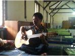 adim-gitar.jpg