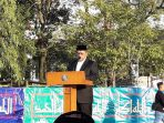 ahmad-heryawan-sedang-memberikan-khotbah-di-atas-podium-lapangan-gasibu_20170625_093105.jpg