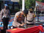akbp-bismo-teguh-prakoso-menandatangani-prasasti-tiga-ruang-pelayanan-untuk-masyarakat.jpg