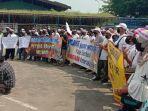 aksi-mahasiswa-bela-peternak.jpg