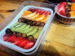 aneka-varian-cheescake-bakar-dengan-toping-buah-di-mince-bakery.jpg