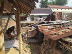 angin-puting-beliung-rusak-tiga-rumah-di-kampung-nyalindung-kota-cimahi-2092019.jpg