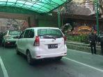 antrean-kendaraan-loket-taman-wisata-alam-tangkuban-perahu_20171228_170559.jpg
