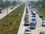 arus-kendaraan-di-km-187-menuju-exit-tol-cipali-di-gt-palimanan_20180609_163653.jpg