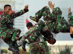 atraksi-beladiri-militer-tni-ad-prajurit-tni-ad.jpg
