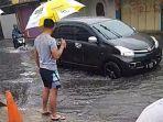 banjir-di-jalan-lurah-kota-cimahi-rabu-9102019.jpg