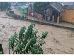 banjir-di-jatihandap-kota-bandung_20180320_175226.jpg