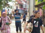 banjir-di-pemukiman-warga-di-desa-tulungagung-kecamatan-kertasemaya-2.jpg