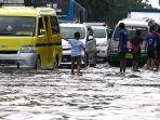 banjir-hujan-di-jalan-kopo-citarip-kota-bandung-jumat-1532019-_-1.jpg