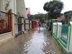 banjir-menerjang-kawasan-perumahan-elite-di-kampung-hegarsari-kabupaten-tasikmalaya.jpg