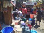 bantuan-air-bersih-di-kampung-hujung-kidul.jpg