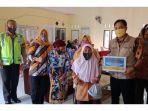 bantuan-langsung-tunai-dari-dana-desa-dawuan-subang-rabu-582020.jpg