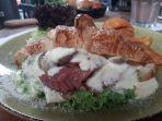 beef-mushroom-carbonara-sandwich_20170706_182715.jpg