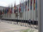 bendera-negara-peserta-konferensi-asia-afrika_20180418_133247.jpg