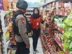 brimob-patroli-panic-buying.jpg