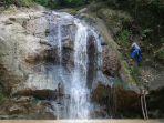 buat-jalan-ke-tempat-wisata-di-desa-gunung-karung-kec-maniis-_-purwakarta_20170416_203435.jpg