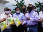 bupati-sumedang-dony-ahmad-munir-dukung-pengembangan-bio-gro-dalam-produk-pertanian-di-sumedang.jpg