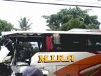 bus-mira-tabrak-tronton-di-kalasan.jpg
