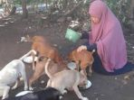 desy-marlina-amin-dan-anjingnya_20180430_125839.jpg