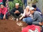 dua-anak-di-satu-kampung-di-kabupaten-tasikmalaya-meninggal-bersamaan-diduga-terkena-dbd.jpg