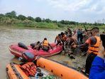 evakuasi-korban-tenggelam-sungai-cilutung-sumedang.jpg