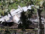 foto-pesawat-angkatan-udara-meksiko-setelah-jatuh-di-dekat-bandara-xalapa.jpg