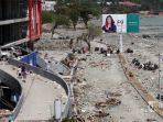 gempa-palu-tsunami-palu_20181002_195636.jpg