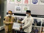 gubernur-jawa-barat-ridwan-kamil-menemui-ustaz-adi-hidayat-2162021.jpg