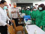 gubernur-jawa-tengah-ganjar-pranowo-cek-kesiapan-vaksinasi-covid-19.jpg
