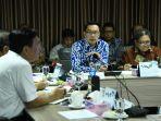 gubernur-ridwan-kamil-menjelaskan-keberhasilan-program-citarum-harum.jpg