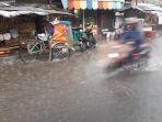 hujan-banjir-di-bandung_20171116_181847.jpg