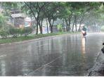 hujan-dengan-intensitas-sedang-mengguyur-jalan-bypass-cicalengka-kecamatan-cicalengka_20171213_122836.jpg