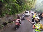 jalan-kolmas-di-cisarua-longsor-kendaraan-dari-lembang-cimahi-pp-dialihkan-ke-cihanjuang.jpg