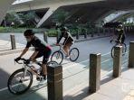 jalur-khusus-sepeda-di-jalan-sudirman.jpg