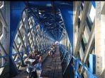 jembatan-cirahong-yang-berusia-128-tahun-dibuka-kembali.jpg