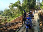 jembatan-darurat-di-kampungdesa-bugel-kecamatan-ciawi-kabupaten-tasikmalaya.jpg