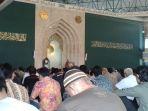 jumatan-di-masjid-al-ukhuwah_20161202_142912.jpg