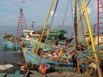 kapal-nelayan-vietnam-yang-tertangkap-petugas.jpg