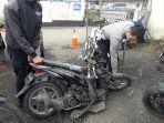 kecelakaan-sepeda-motor-di-jalan-cihanjuang.jpg