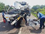 kecelakaan-truk-di-tol-cipularang-1.jpg