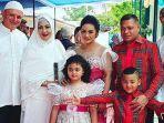 keluarga-krisdayanti-bersama-dengan-suami-sechah-sagran.jpg