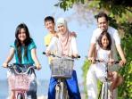 keluarga-tengah-jogging_20150618_125434.jpg