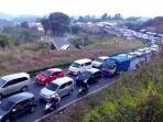 kemacetan-di-lingkar-gentong_bukbis_20160709_163922.jpg