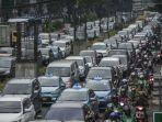 kendaraan-terjebak-kemacetan-saat-melintas-di-ruas-jalan-hr-rasuna-said-jakarta_20171006_061500.jpg