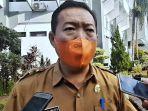 kepala-dinas-kesehatan-kabupaten-subang-dr-maxi-ketika-diwawancara-di-kantor-bupati-subang.jpg