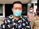 kepala-dinas-kesehatan-kabupaten-subang-dr-maxi-saat-diwawancara-di-kantor-bupati-subang.jpg